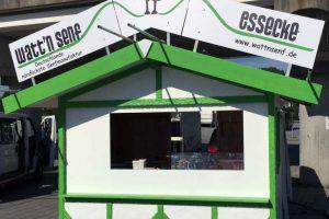 Der Messestand von Watt'n Senf in grün und weiß gestaltet für outdoor Anwendungen