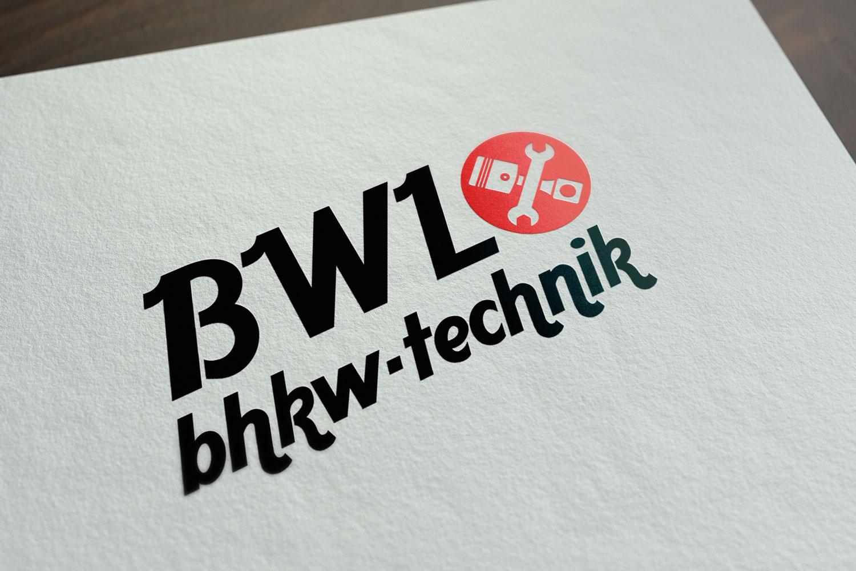 Mockup von dem BWL bhkw technik Logo in schwarz und rot